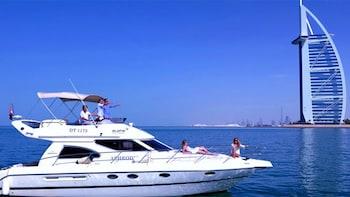 Crociera a bordo di uno yacht di lusso con open bar