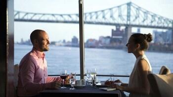 Gourmet 5-course Dinner Cruise