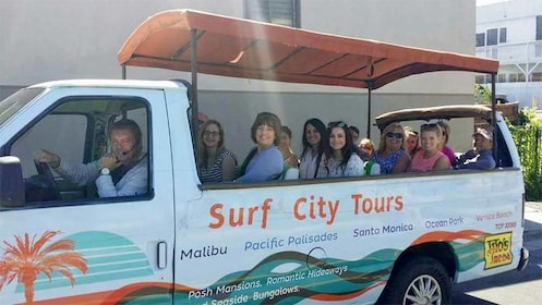 Surf city tours bus in Los Angeles