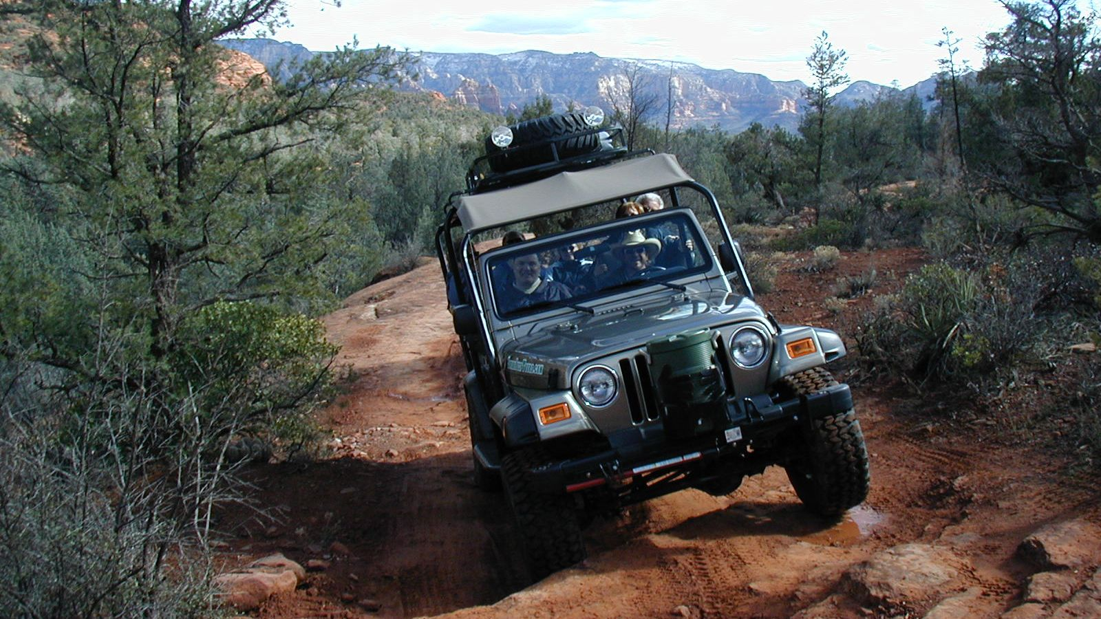 Off-Road Jeep Tour of Sedona's 7 Canyons