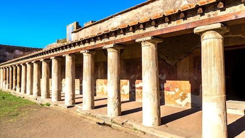 Expedia - Pompeii - Image 3.jpg