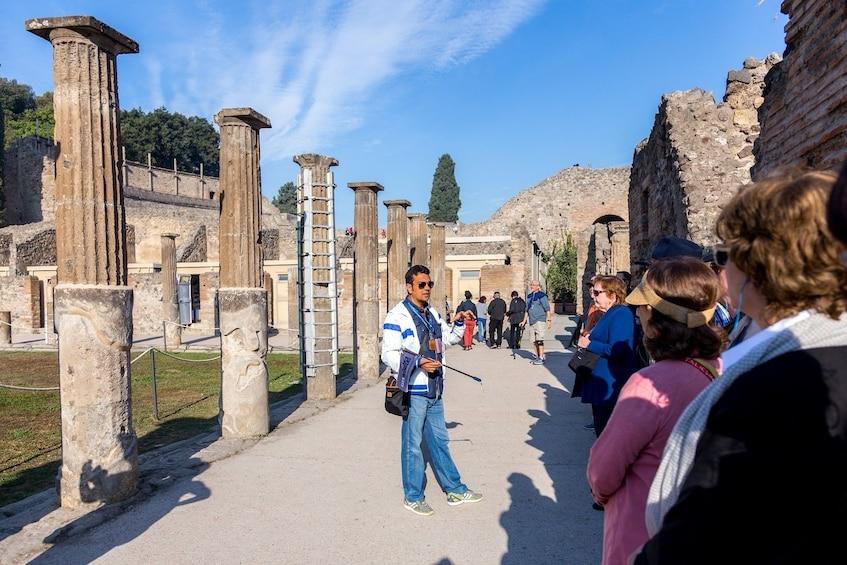 Foto 10 van 10. Skip-the-Line Pompeii & Vesuvius Tour: Day Trip Back in Time