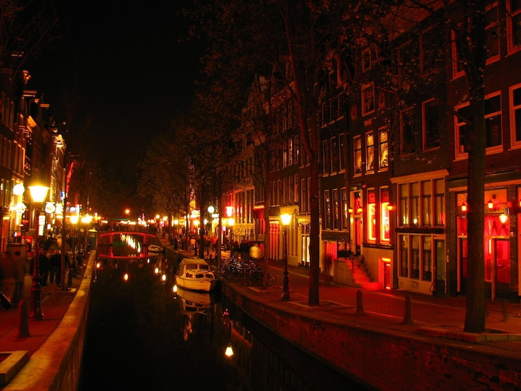 Amsterdam Private Red Light District Tour with a local