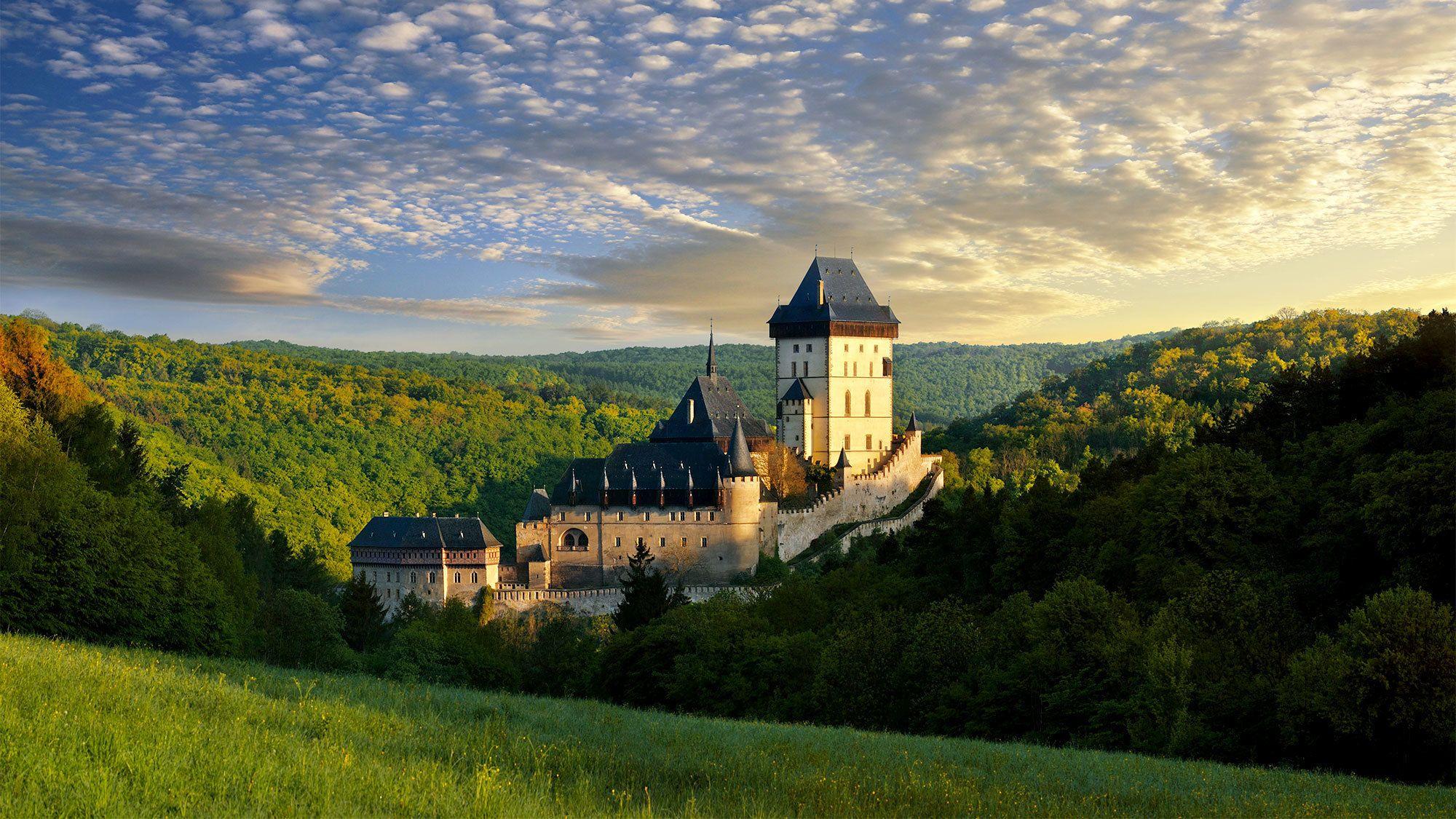 Tour dei castelli Karlstejn e Konopiste