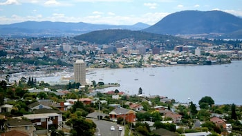 Historical Hobart Audio-Guided Walking Tour