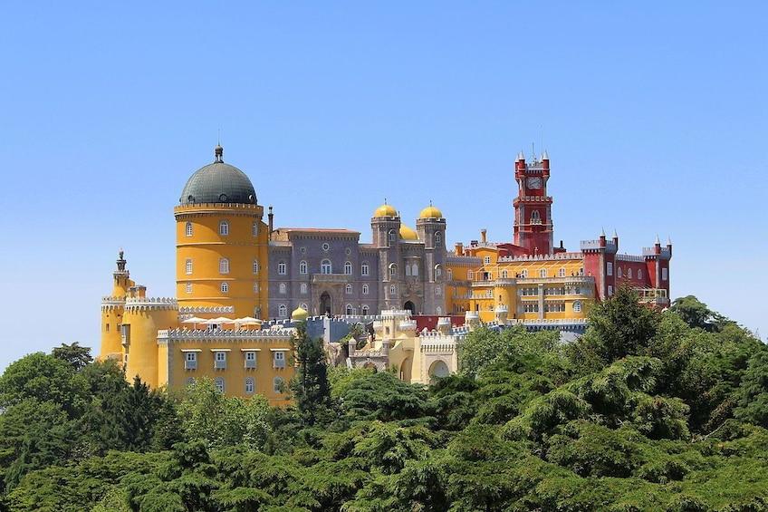 Show item 5 of 8. Small-Group Day Trip to Sintra, Cascais & Estoril