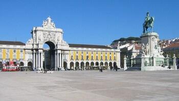 Visite combinée privée en ville d'une journée : ville de Lisbonne et sanctu...