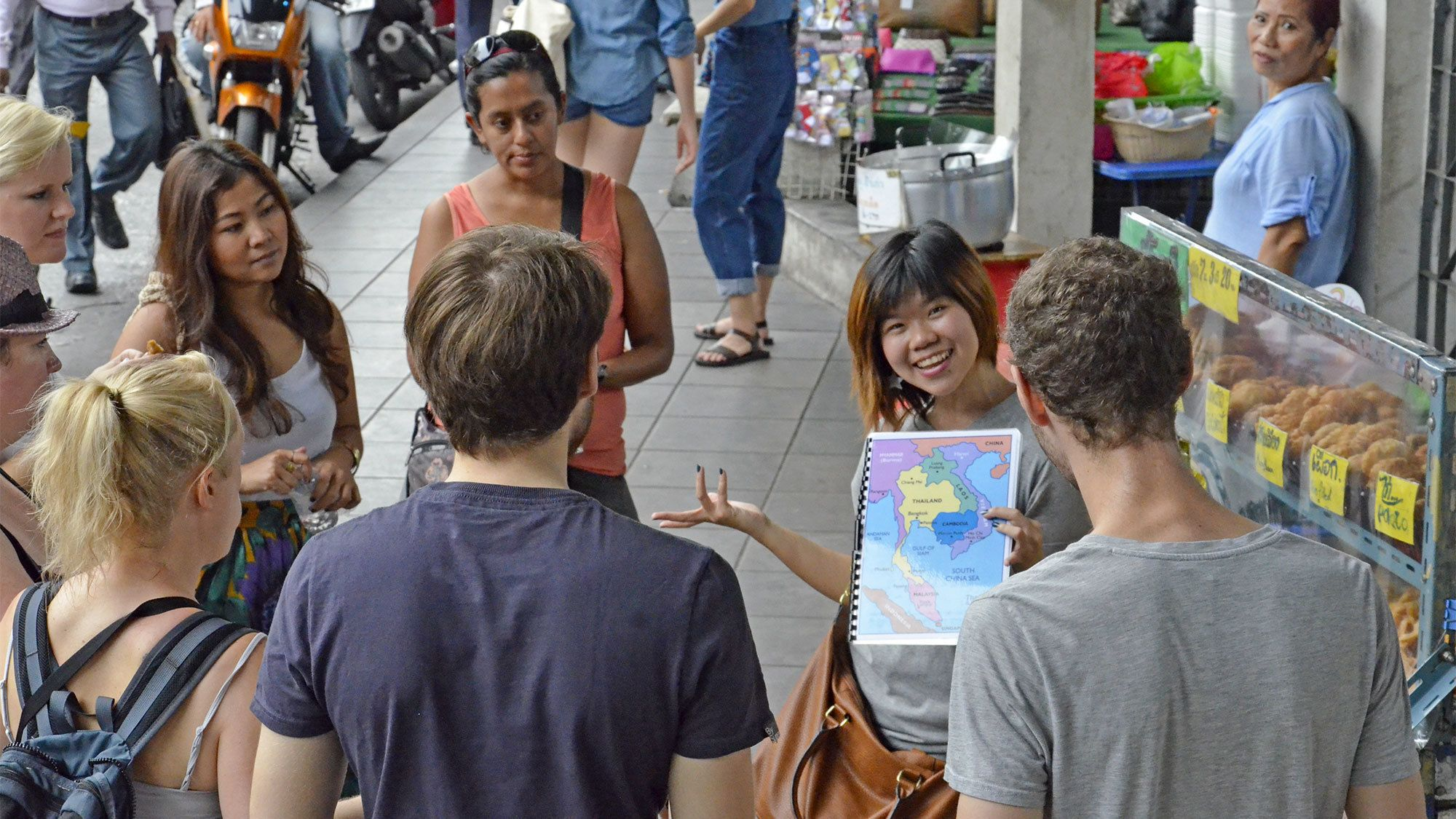Group on the Bites and Sites tour in Bangkok