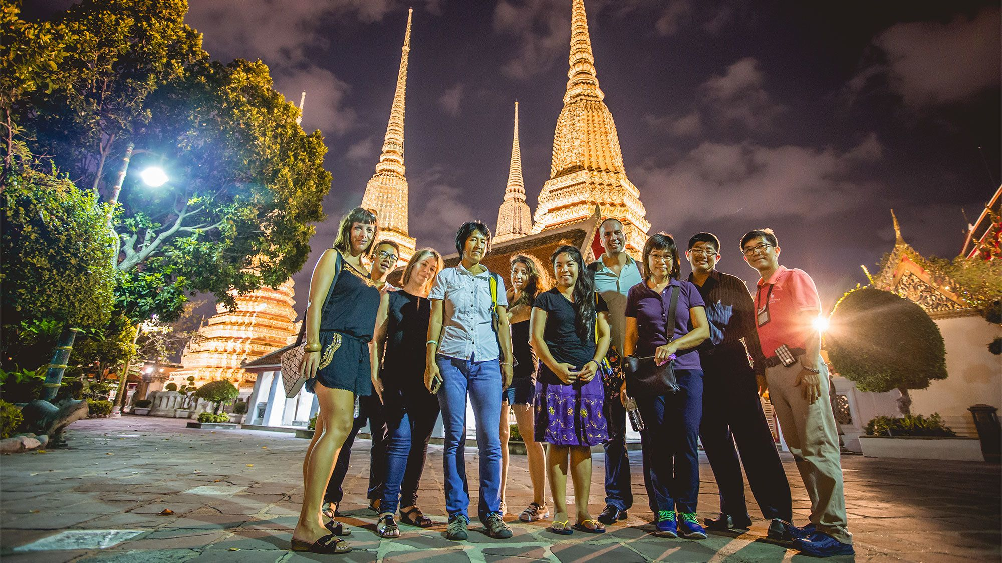 Foods & Temples Evening Tour by Tuk-Tuk