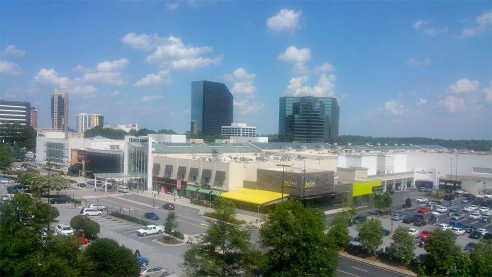 Atlanta's Shopping Heaven Tour at Lenox Square