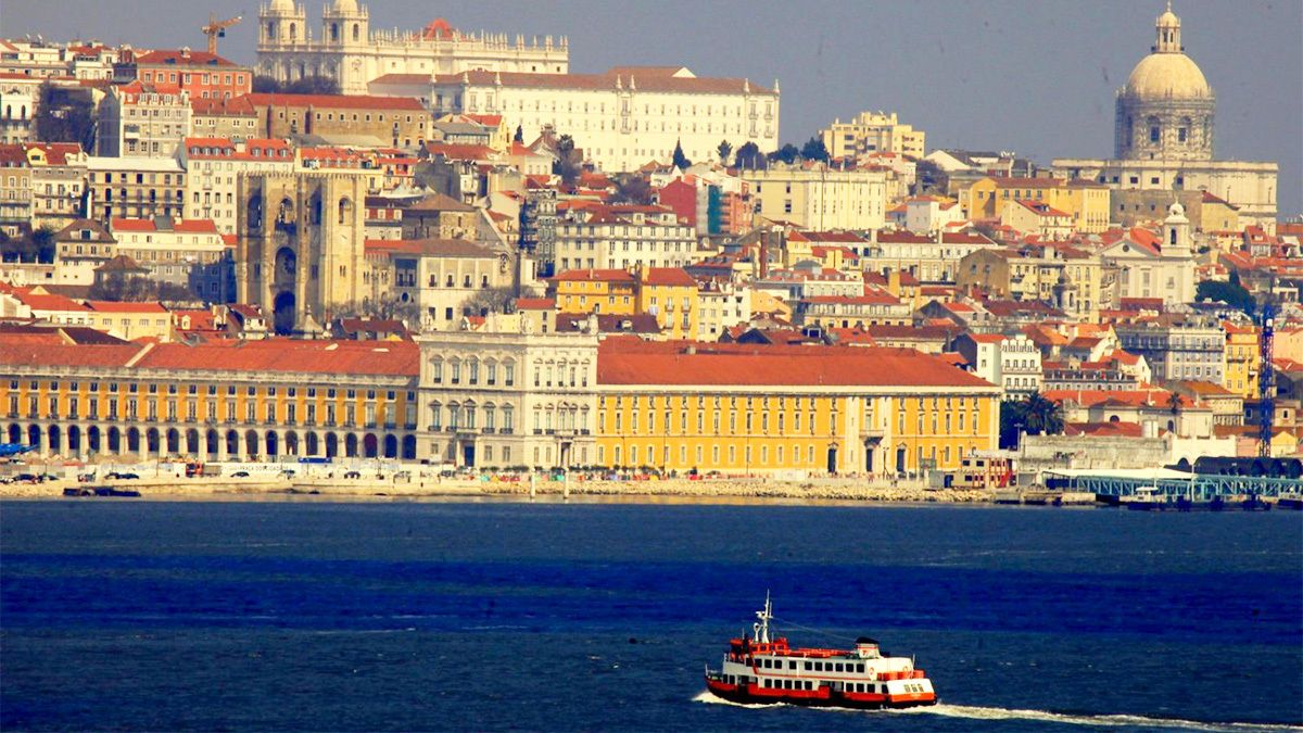Vibrant view of Lisbon