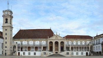 Excursion privée d'une journée à Coimbra et à Fátima, une ville de pèlerina...