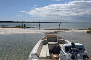 Secluded Cape Cod Boating Adventure Tour of Barnstable Harbour
