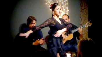 Tapas Dinner & Live Flamenco Show