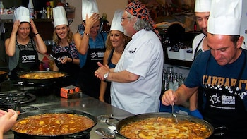Paella Cooking Class & Hop-On Hop-Off Bus Tour