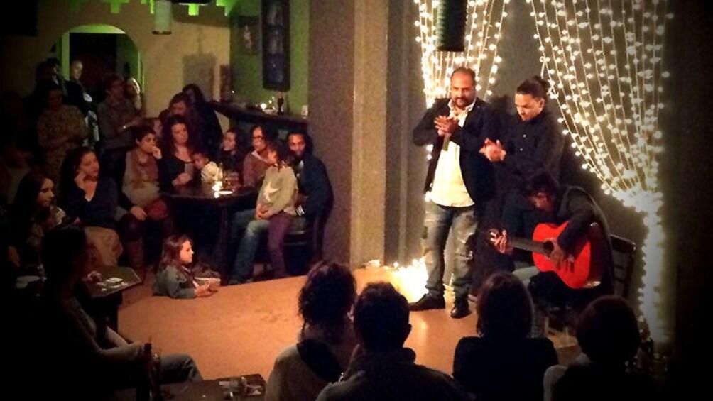 Foto 2 von 9 laden Flamenco show