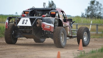 V8 Buggy Introductory Drive & Pro Riding Experience