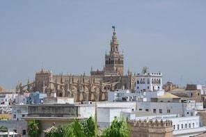 Passeio combinado sem fila para Alcázar e Catedral de Sevilha