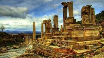 Ephesus & Archaeology Museum Day Trip