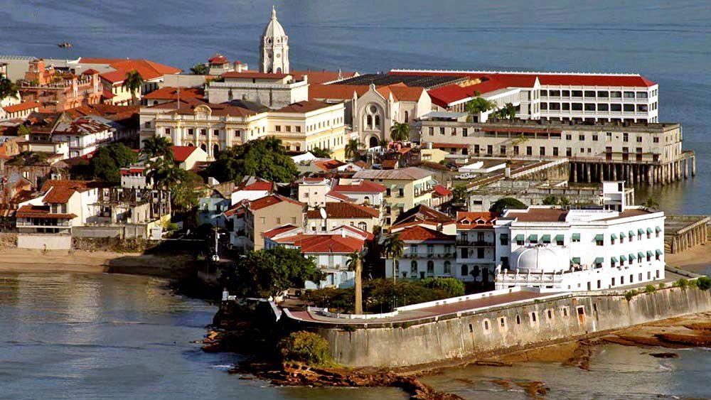 small island town in Panama