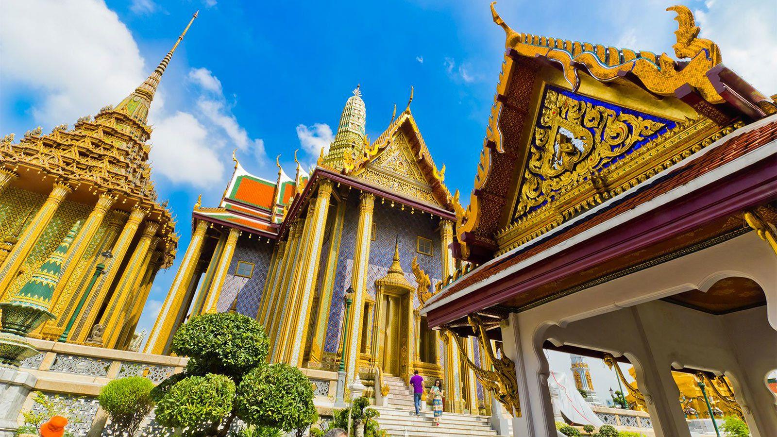 Grand palace tour in Bangkok