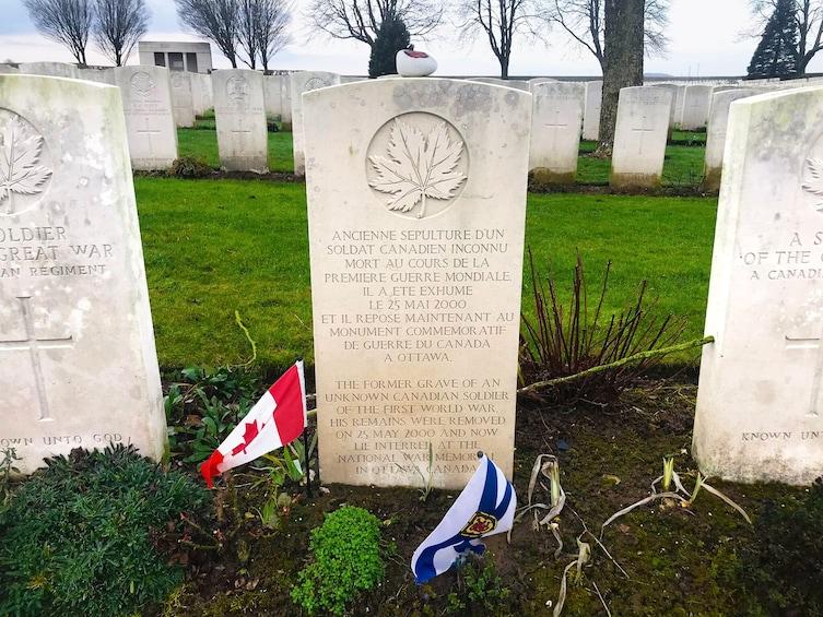Charger l'élément 2 sur 9. Day Trip from Paris : Arras & Vimy Ridge WWI Western Front