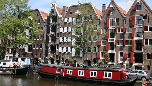 canal side buildings in rotterdam