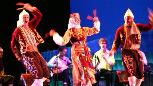A Turkish dancing show