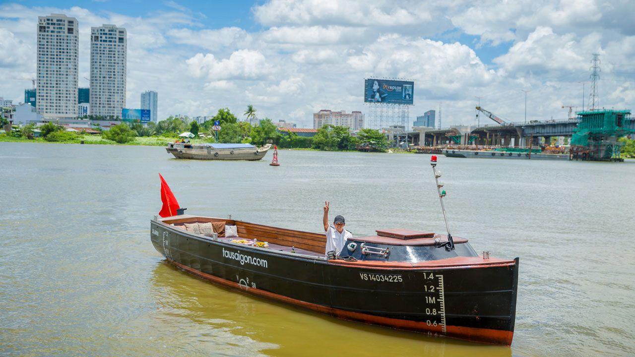 Tour boat in Vietnam