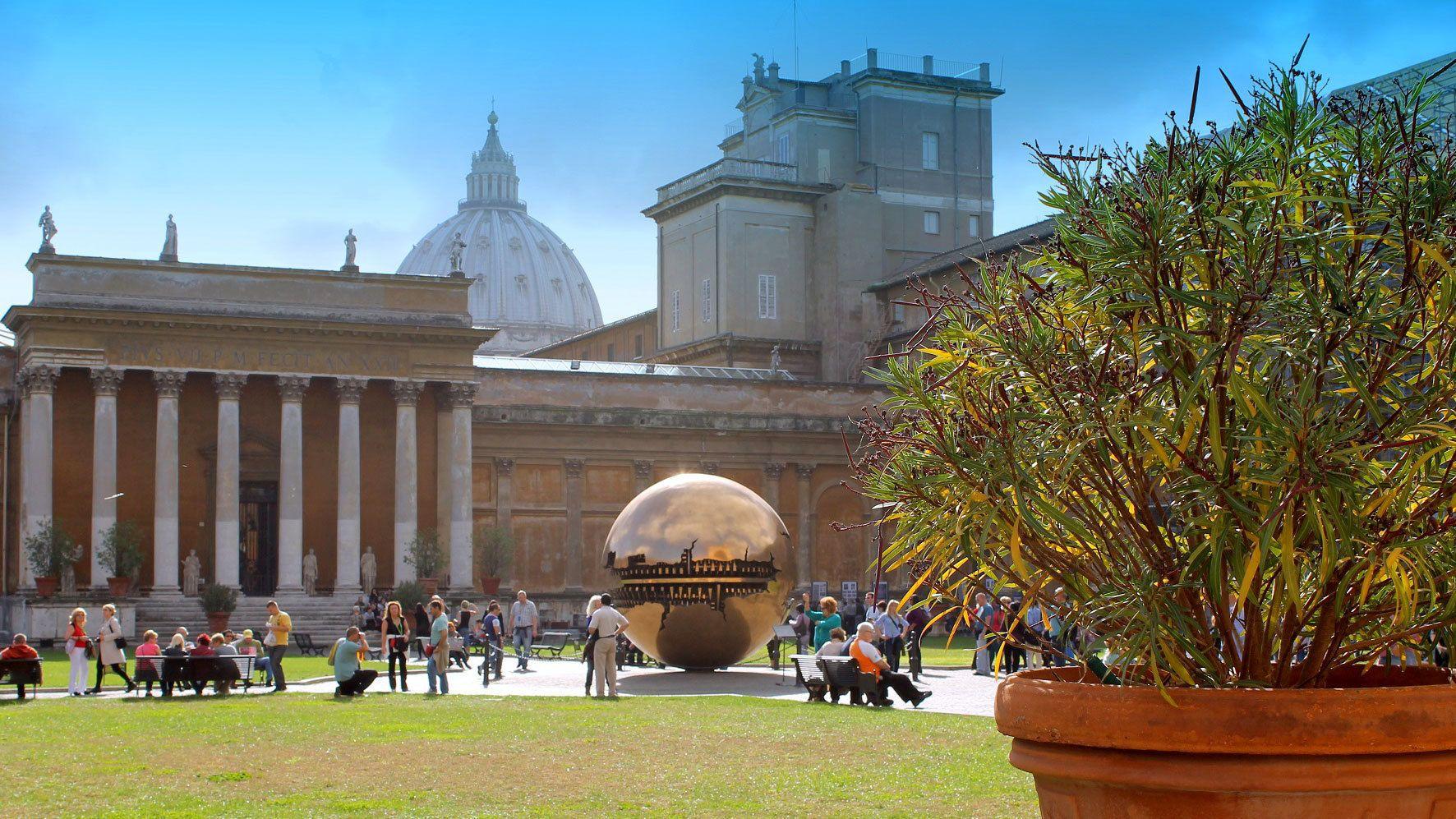 Tour zur Sixtinische Kapelle, zum Petersdom und bevorzugter Einlass zu den ...