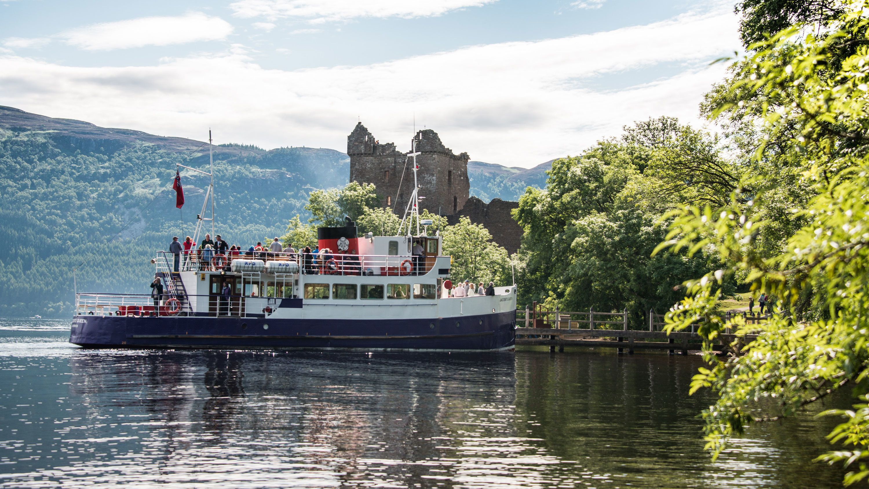 Great Glen Bus Tour & Loch Ness Cruise with Corrimony Chambered Cairn Visit