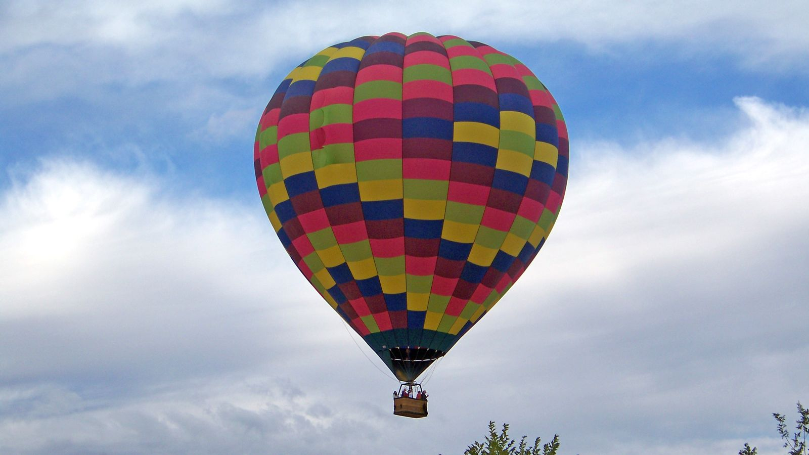 colorful hot air balloon in St. Louis