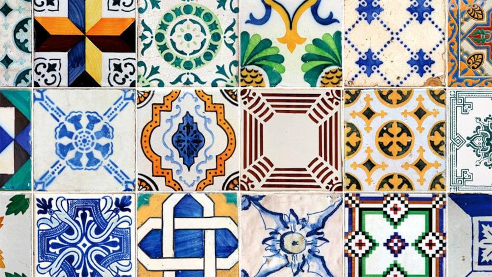 Charger l'élément 4 sur 5. Tiles in Lisbon