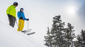 Steamboat Central Park Ski Rental Package