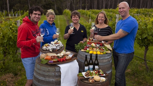 Group enjoying the Gourmet Bruny Island Day Tour in Hobart and Surrounds, TAS, Australia