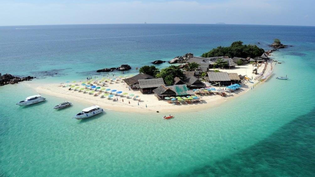 正在顯示第 1 張相片,共 7 張。 koh khai nai island