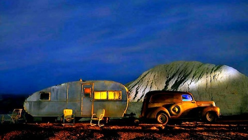 old car and trailer at a mining town in Las Vegas