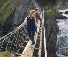 Giant's Causeway & Carrick-a-Rede Rope Bridge Tour