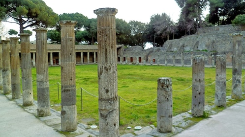 standing columns at the ruins in Sorrento