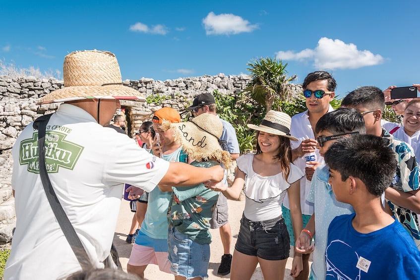 Carregar foto 5 de 9. Day Trip to Tulum & Cenote Dos Ojos