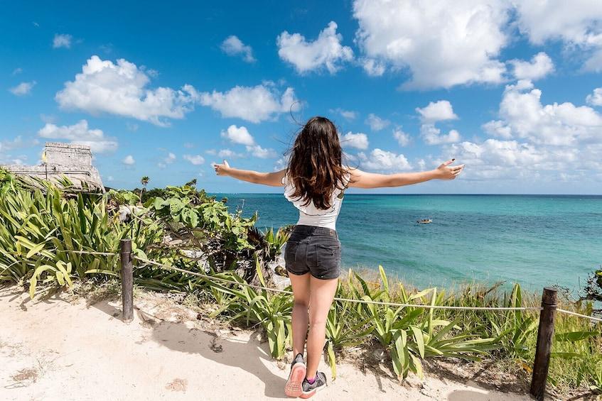 Carregar foto 3 de 9. Day Trip to Tulum & Cenote Dos Ojos