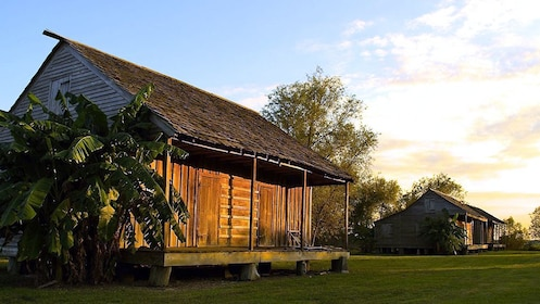 wooden plantation cabins in New Orleans
