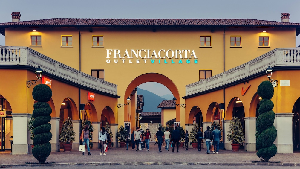 Show item 5 of 6. Franciacorta outlet village