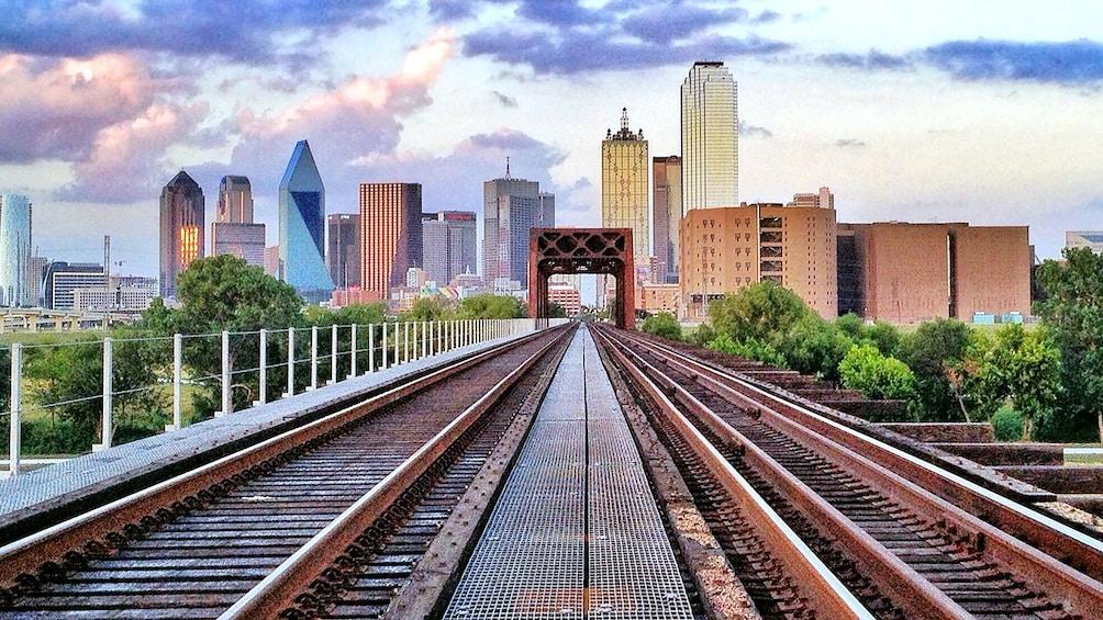 railroad into the city in Dallas