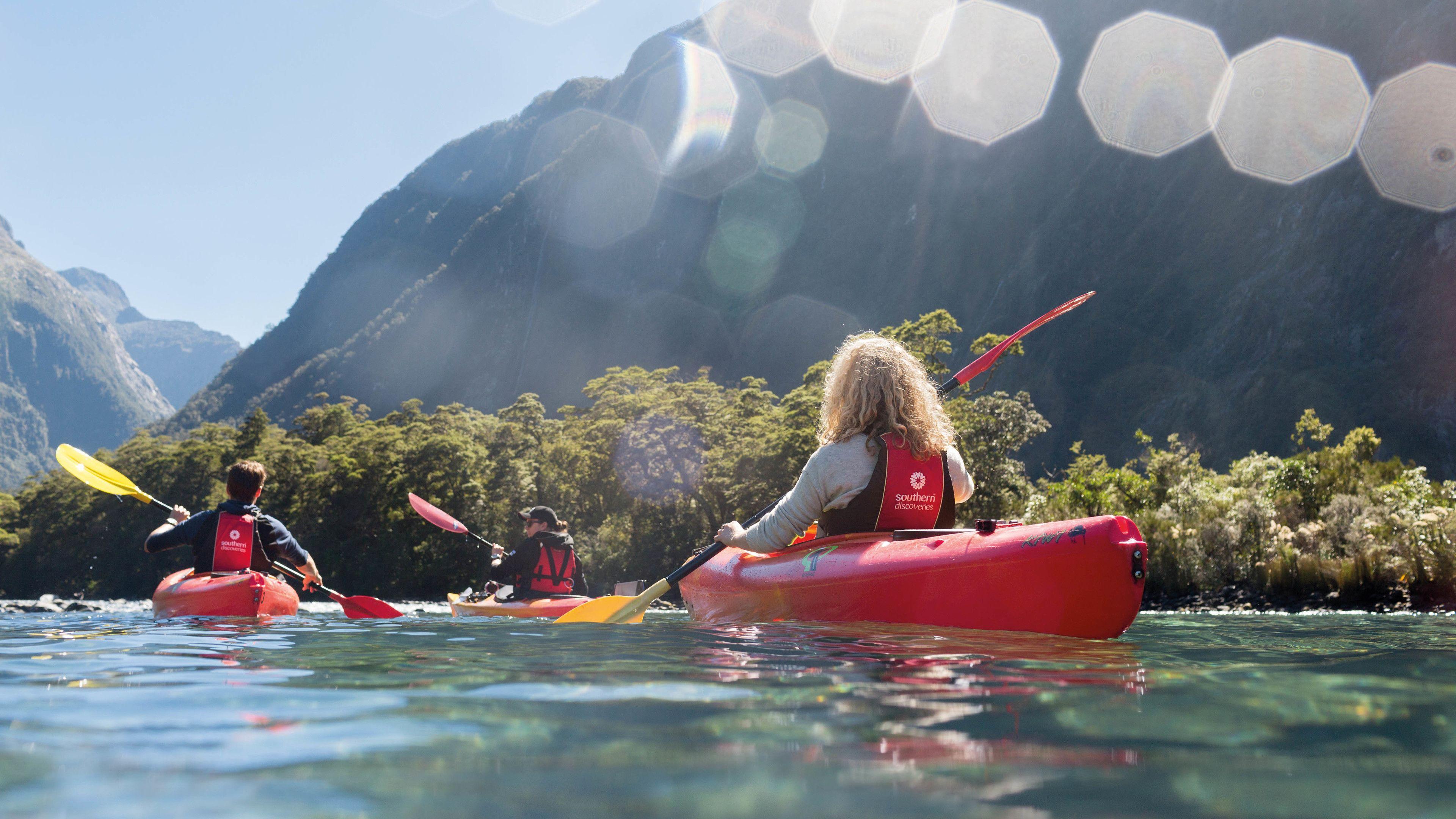 Milford Sound Cruise and Kayak