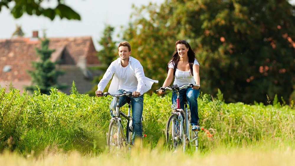3-Day Guided Murray to Mountains Rail Trail Food & Wine Cycling Tour
