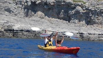 Rhodes Half-Day Sea Kayaking Tour with Picnic
