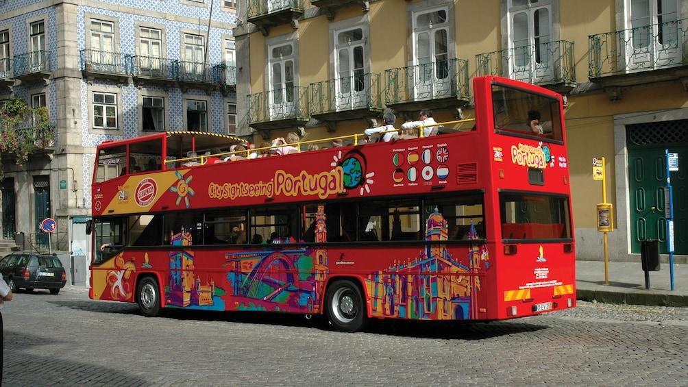 Foto 3 van 5. Hop on Hop off Funchal Bus tour