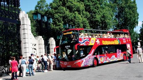 Hop on Hop off sightseeing bus tour of Oslo