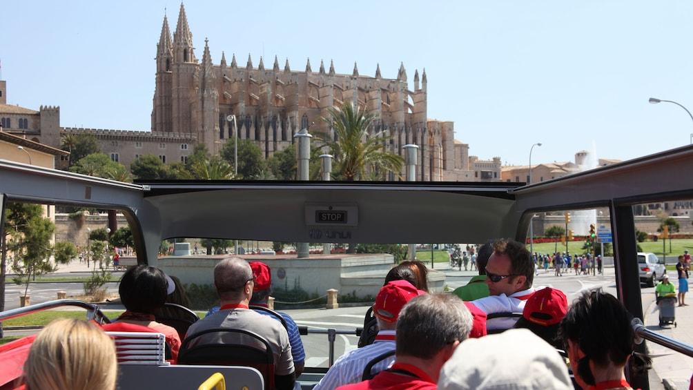 Ver elemento 5 de 9. Hop on Hop off bus tour of Mallorca & Palma